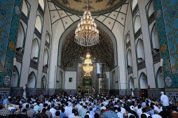 Mosque in Mashhad Hosting Itikaf